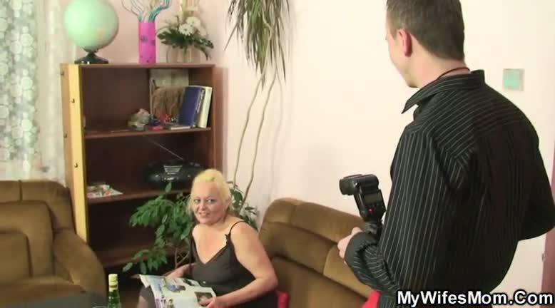 Секс с зрелыми женщинами с хвостиками — img 2