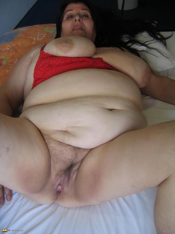 Фото старые бабки и толстые стаящие раком 16191 фотография