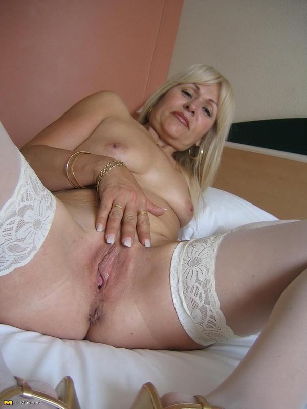 порно фото ухоженных дам