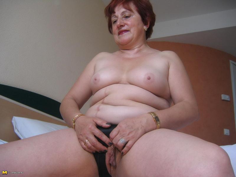 Показать порно бабушек очень жирных фотки