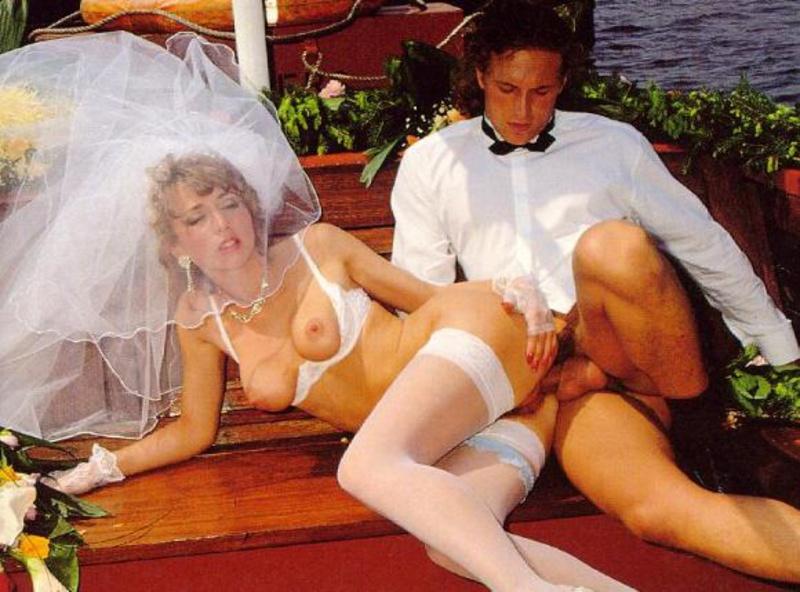 Порно первые брачные ночь русские бесплатно