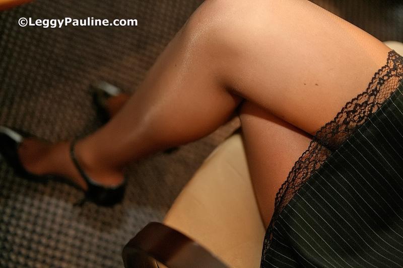 Сексуальные ножки в колготках фото 97978 фотография