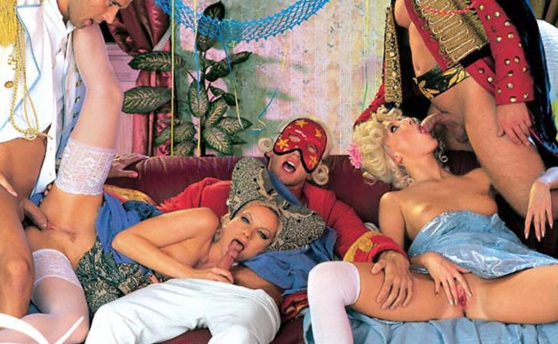 порно фильм красивый костюмированный смотреть