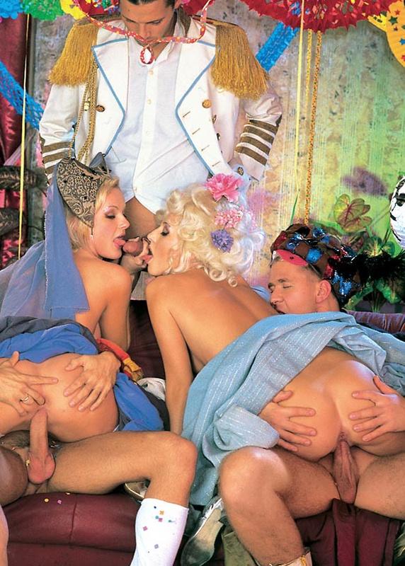 костюмированые порно