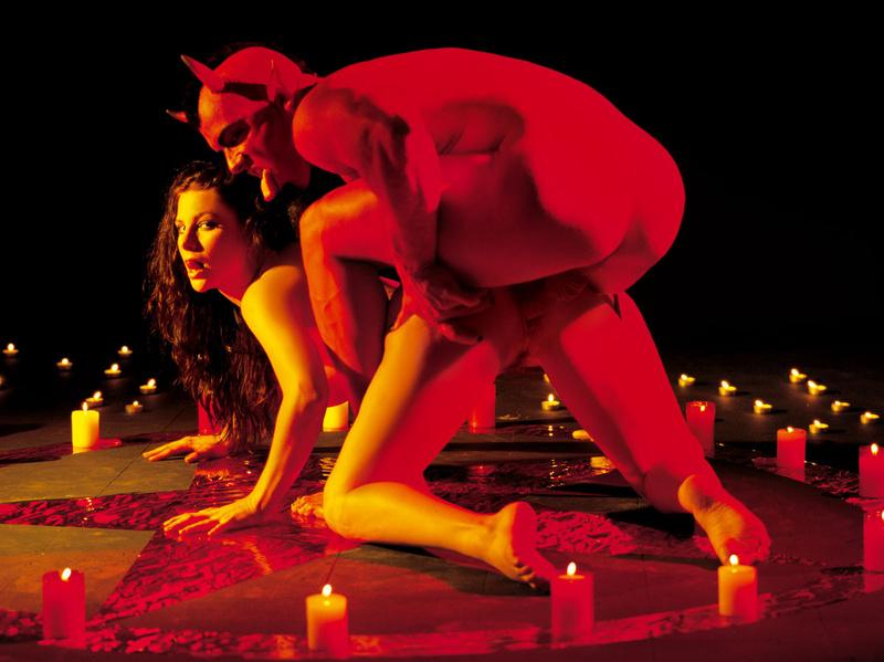 Секс с дьяволом и чёртом