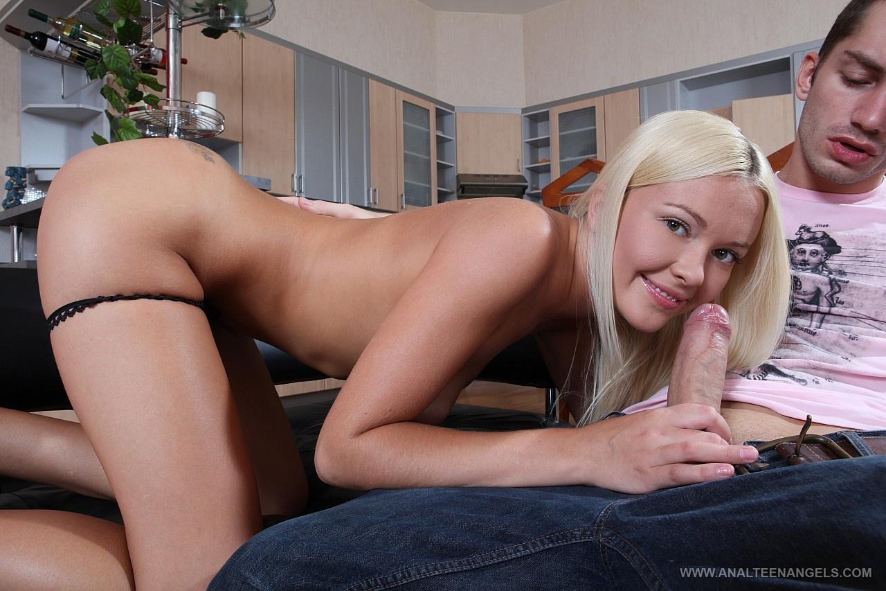 Русская порно актриса белла, Белла Беллз - смотреть порно видео с Bella Bellz онлайн 8 фотография