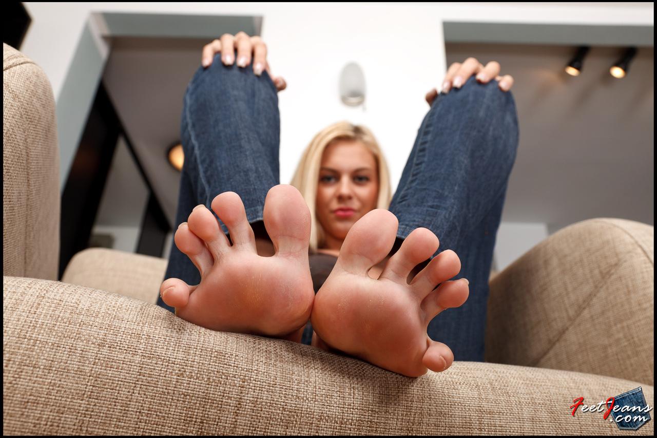 Частные голые ножки, Голые ножки фото - обнаженные ноги девушек 9 фотография