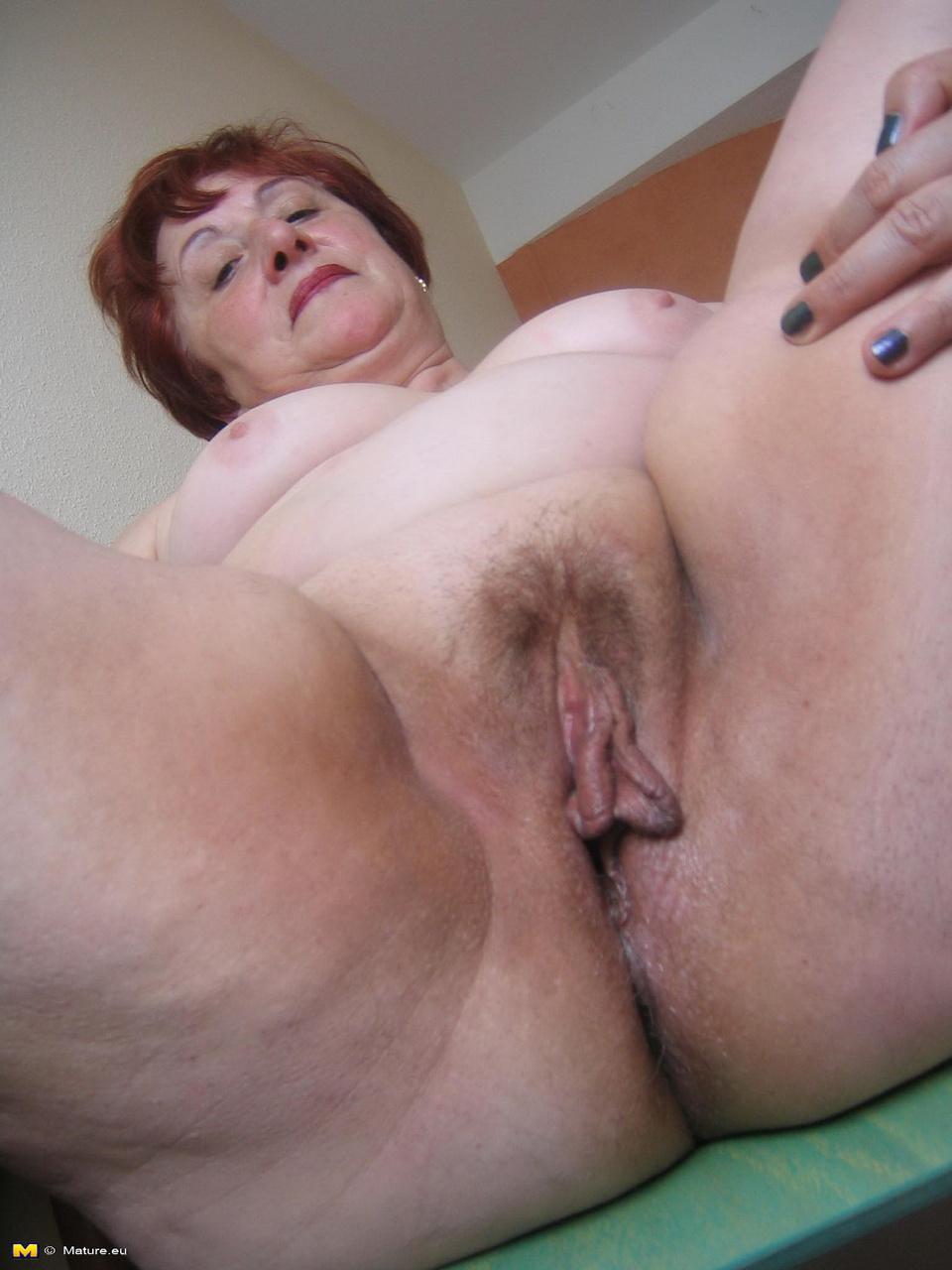 Клитор толстой бабы