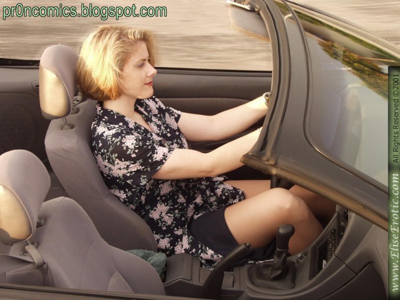 Голая пизда за рулем — photo 3