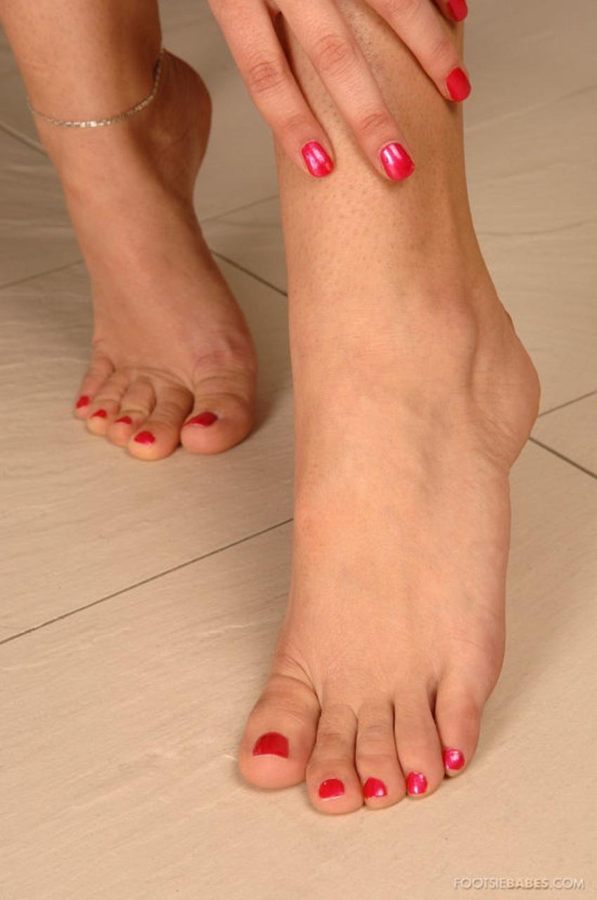 Ножки женские фут фетиш