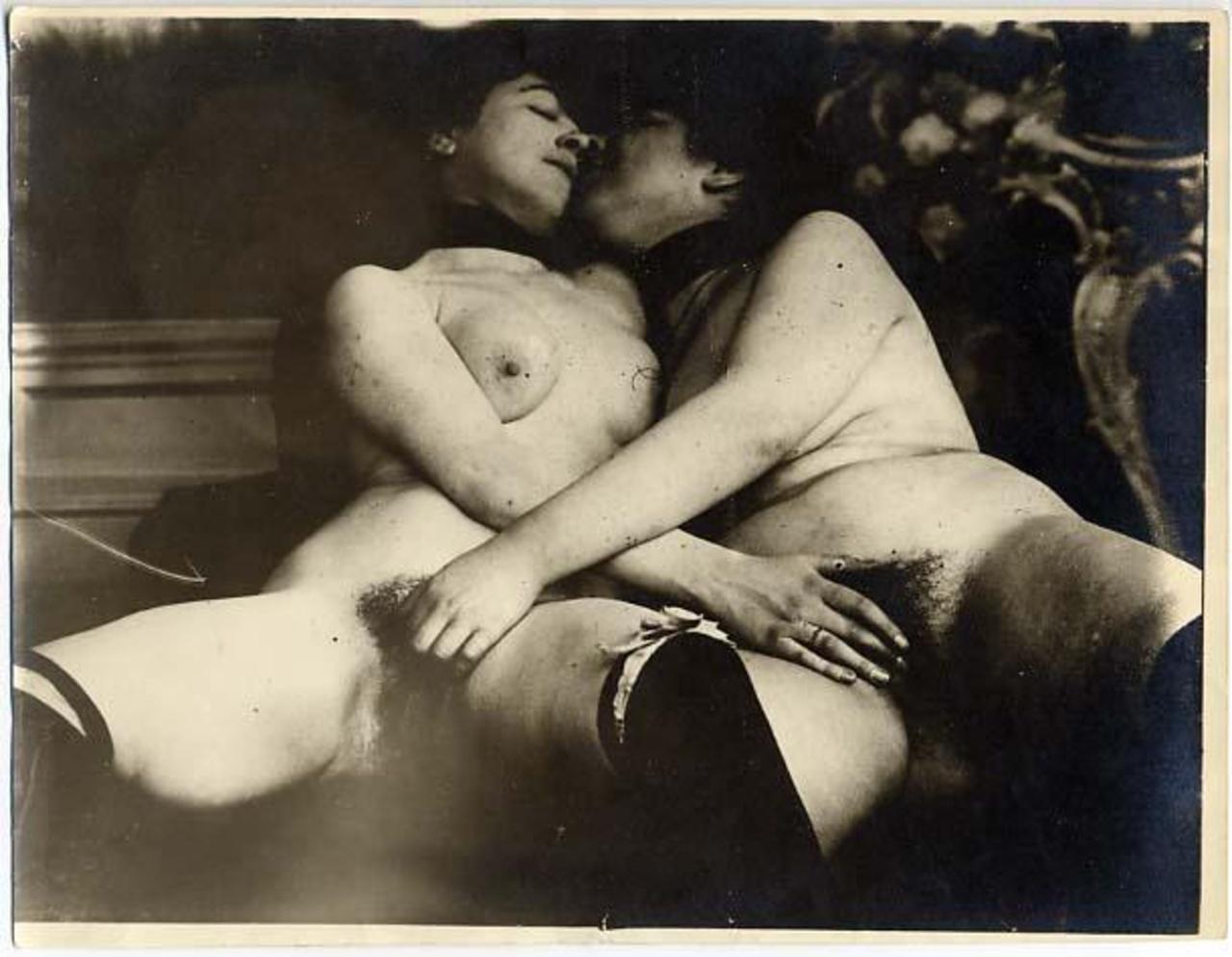cherno-belaya-retro-erotika