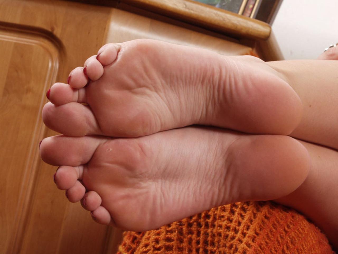 Смотреть фото женских пальчиков ног, Красивые ступни девушек это прекрасно (фото.) 10 фотография