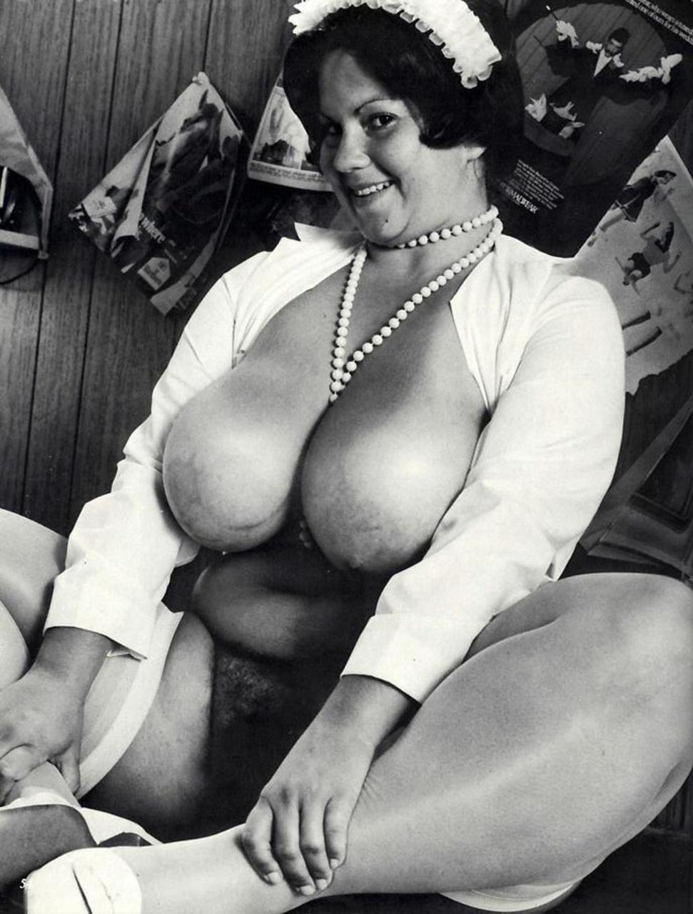 Смотреть эротику ретро грудь