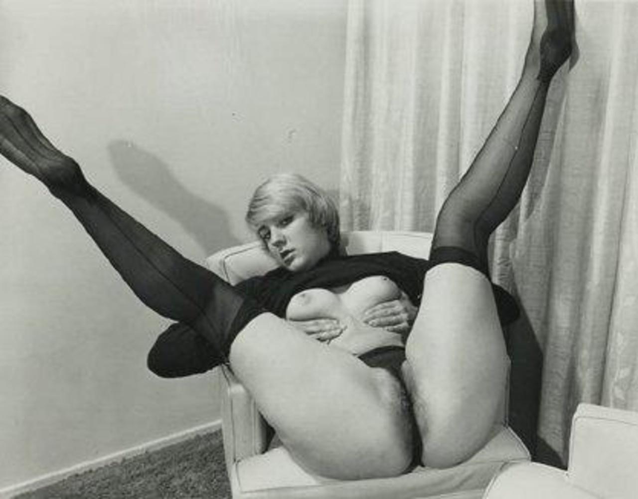 Ретро фотографии эро, Ретро эротика голых девушки и женщины - смотреть 7 фотография