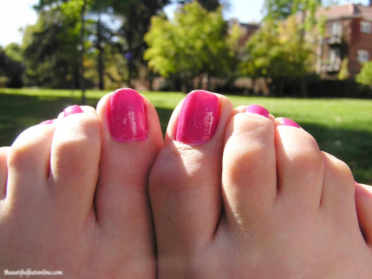 Смотреть фото женских пальчиков ног, Красивые ступни девушек это прекрасно (фото.) 15 фотография