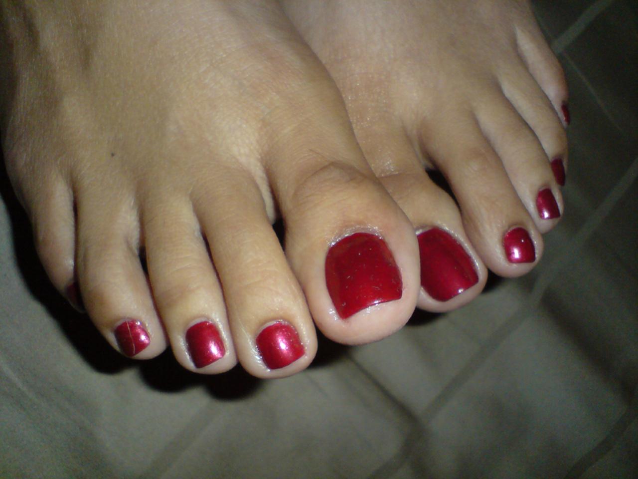 Прикол с ногтями на ногах фото