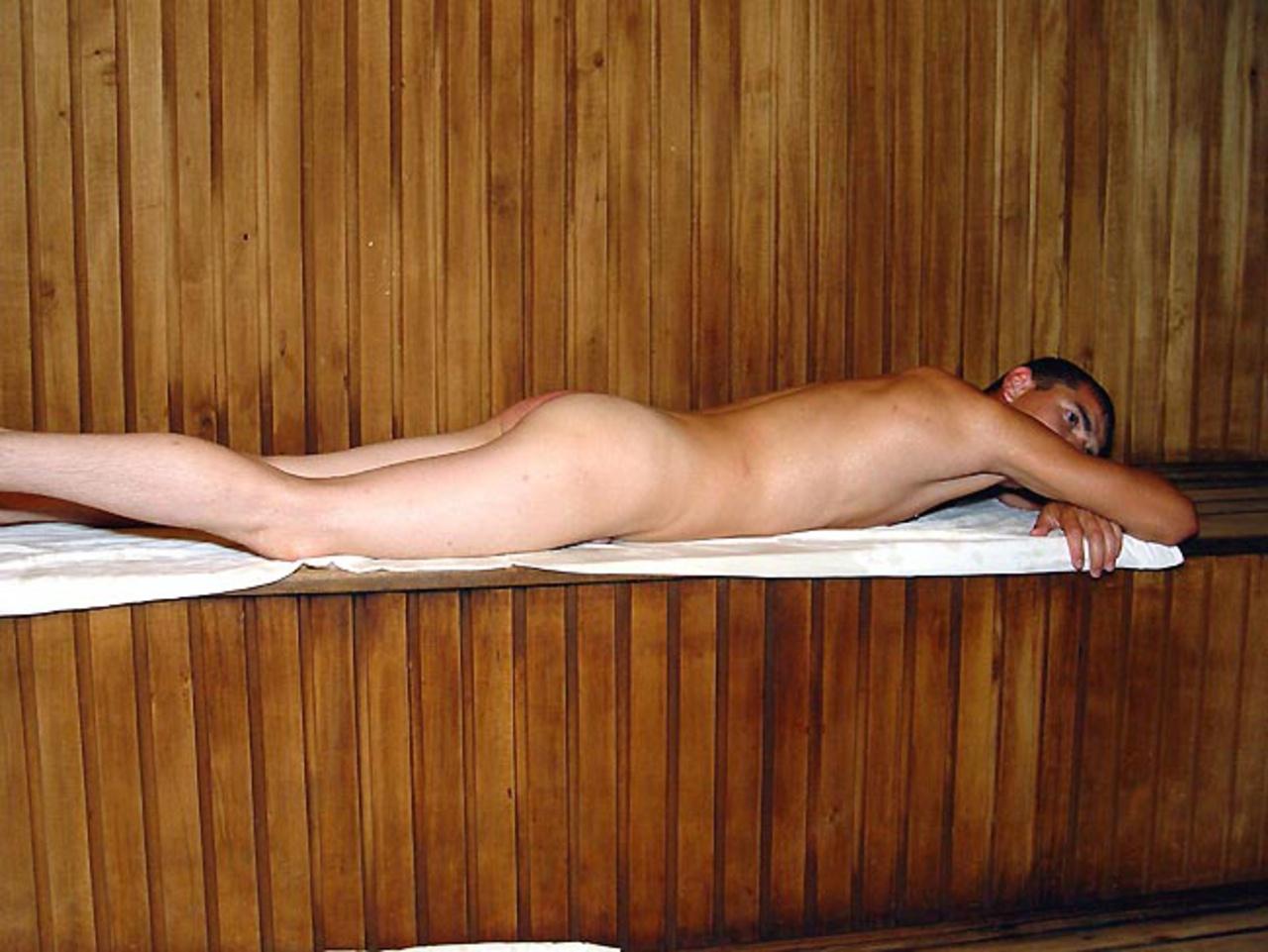 eroticheskiy-massazh-v-saune