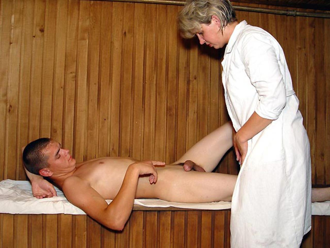 Это очевидно. зрелые русские женщины порно массаж правда креатив...супер!