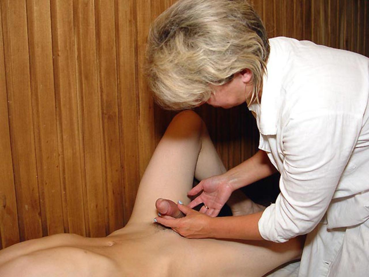 Секс зрелые женщины на массаже