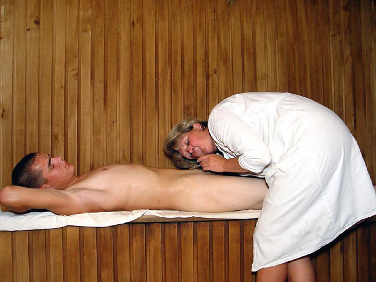 ero-massazh-v-bane