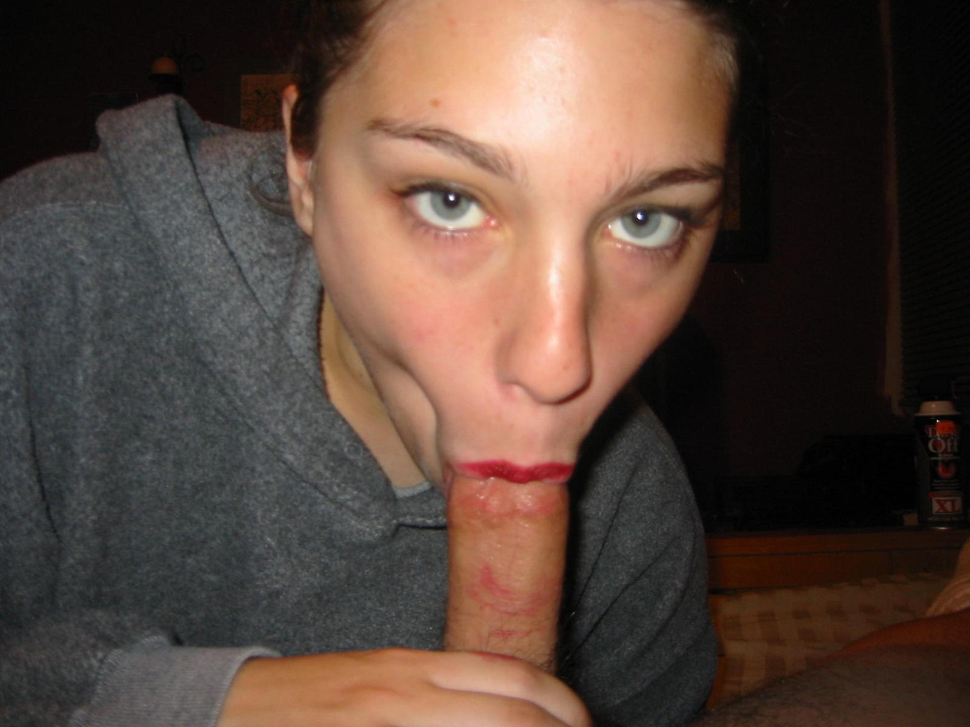 Соска в рот взяла, Татуированная соска взяла в рот пенис - Охуительное 8 фотография