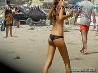 Снял красотку на пляже