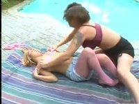 Спасла малышку из бассейна