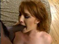 Толстый черный пенис во рту