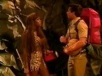 Познакомился с негритянкой в джунглях