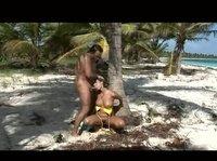 Секс на острове