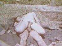 Старое порно с грудастой дамой