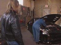 Отблагодарила за ремонт машины