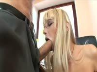 Секс-приключения в офисе