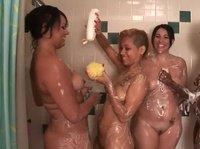 В бане женский день