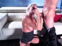 Чёрное бельё и безопасный секс