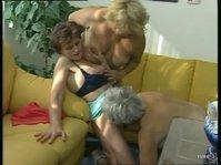 Суровые советские лесбиянки