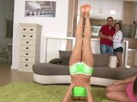 Парное обучение гимнастике
