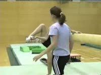 Гимнастки активно посещают свою секцию